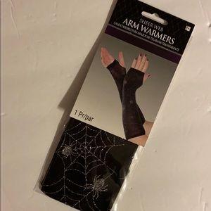 NWT Sheer Web Arm Warners-w/silver webs & spiders